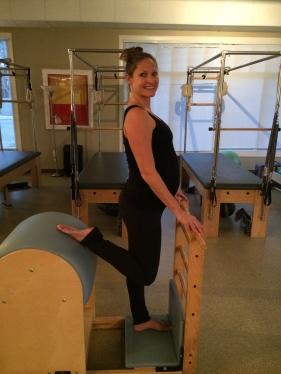 32 weeks Quad Stretch